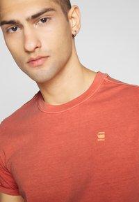 G-Star - LASH  - Basic T-shirt - orange - 5