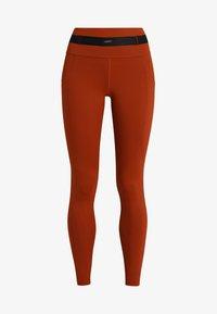 Daquïni - LEGGINGS BOSSA LEGGINGS - Leggings - red - 5