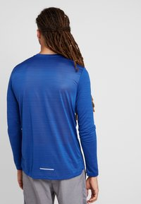 Nike Performance - DRY MILER - Camiseta de deporte - indigo force/blue void/reflective silver - 2