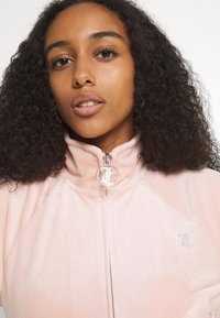 Juicy Couture - TANYA - Zip-up sweatshirt - pale pink - 3
