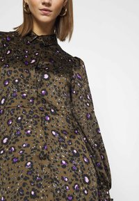 Vero Moda - VMSANDRA LILLIAN SHIRT DRESS  - Shirt dress - beech/sandra - 4