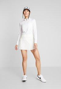 Nike Golf - DRY VICTORY HALF ZIP - Funkční triko - white - 1