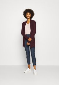 GAP - BELLA THIRD - Strickjacke - vamp red - 1