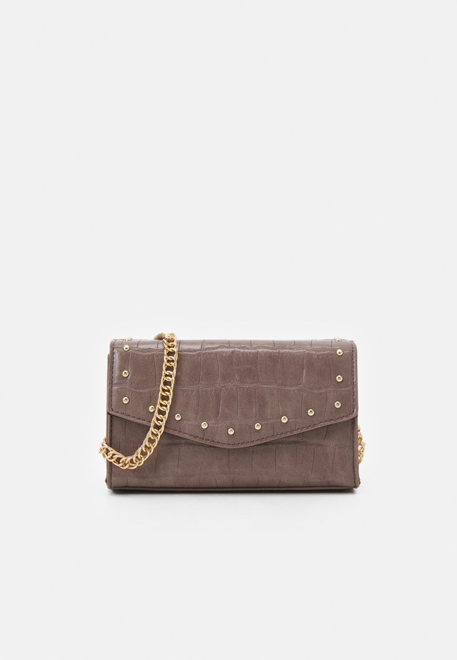 MINI BOXY STUD XBODY - Across body bag - taupe