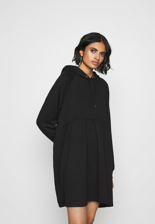 MALIN HOODIE DRESS - Vapaa-ajan mekko - black dark unique