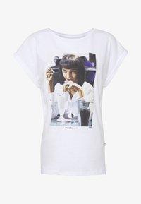 Dedicated - VISBY  YUMMY - Print T-shirt - white - 4