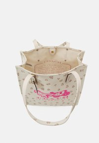 Coach - REXY AND CARRIAGE TOTE - Tote bag - chalk - 3