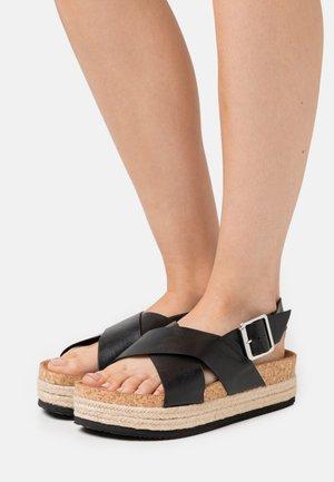 VEGAN JANNIKE - Platform sandals - black
