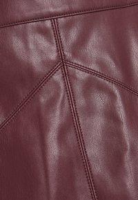 NAF NAF - ESUEDA - Pencil skirt - bourgogne - 2