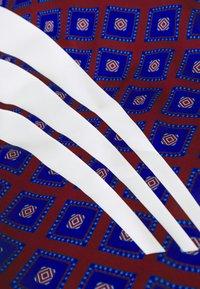 adidas Originals - T-shirts print - blue/purple - 2