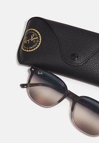 Ray-Ban - Sunglasses - gradient grey havana - 2