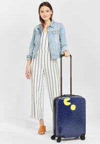 Kipling - CURIOSITY S PACM - Wheeled suitcase - pac man good - 1