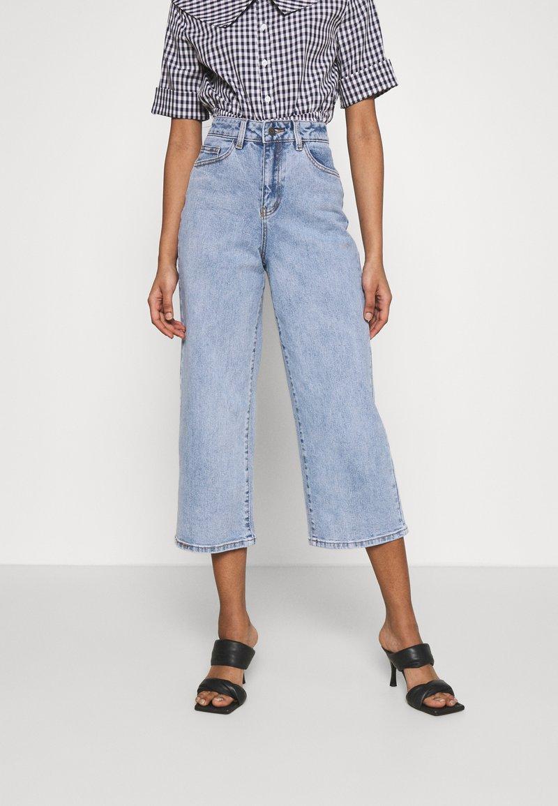 Object - OBJMARINA - Relaxed fit jeans - light blue denim