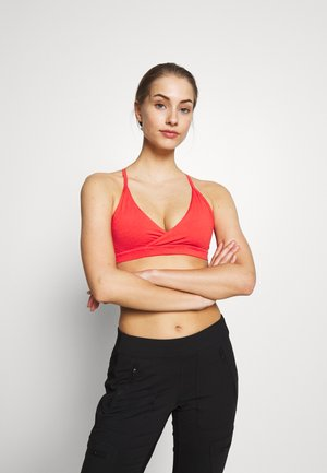 CROSS BETA BRA - Light support sports bra - catalan coral
