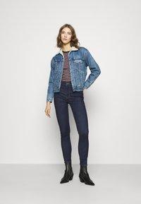 Levi's® - 720 HIRISE SUPER SKINNY - Jeans Skinny Fit - deep serenity - 3
