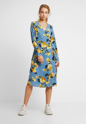 PCHAMANILLA WRAP DRESS - Day dress - baby blue