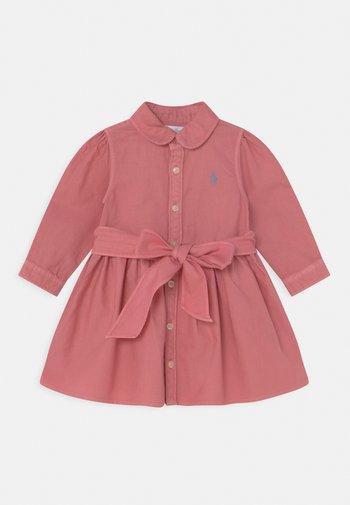 OXFORD DAY DRESS SET - Shirt dress - desert rose