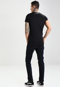 Lee - BROOKLYN  - Jeans Straight Leg - blue black - 2