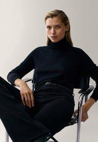 Massimo Dutti - Sweatshirt - black - 5