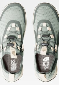 The North Face - W SKAGIT WATER SHOE - Trainers - green mist wrought iron - 3
