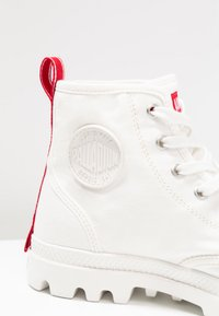 Palladium - PAMPA HI DARE UNISEX - Lace-up ankle boots - star white - 6