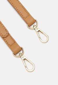 Seidenfelt - TROMSO - Handbag - light camel - 3