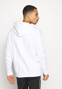 Champion - LEGACY CONTEMPORARY MODERN HOODED - Luvtröja - white - 2