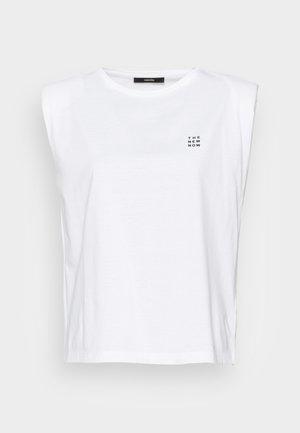 KARELA - Basic T-shirt - white