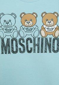 MOSCHINO - Mikina - baby sky blue - 2
