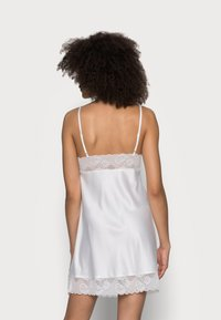 LingaDore - DULL DRESS - Camicia da notte - off white - 2