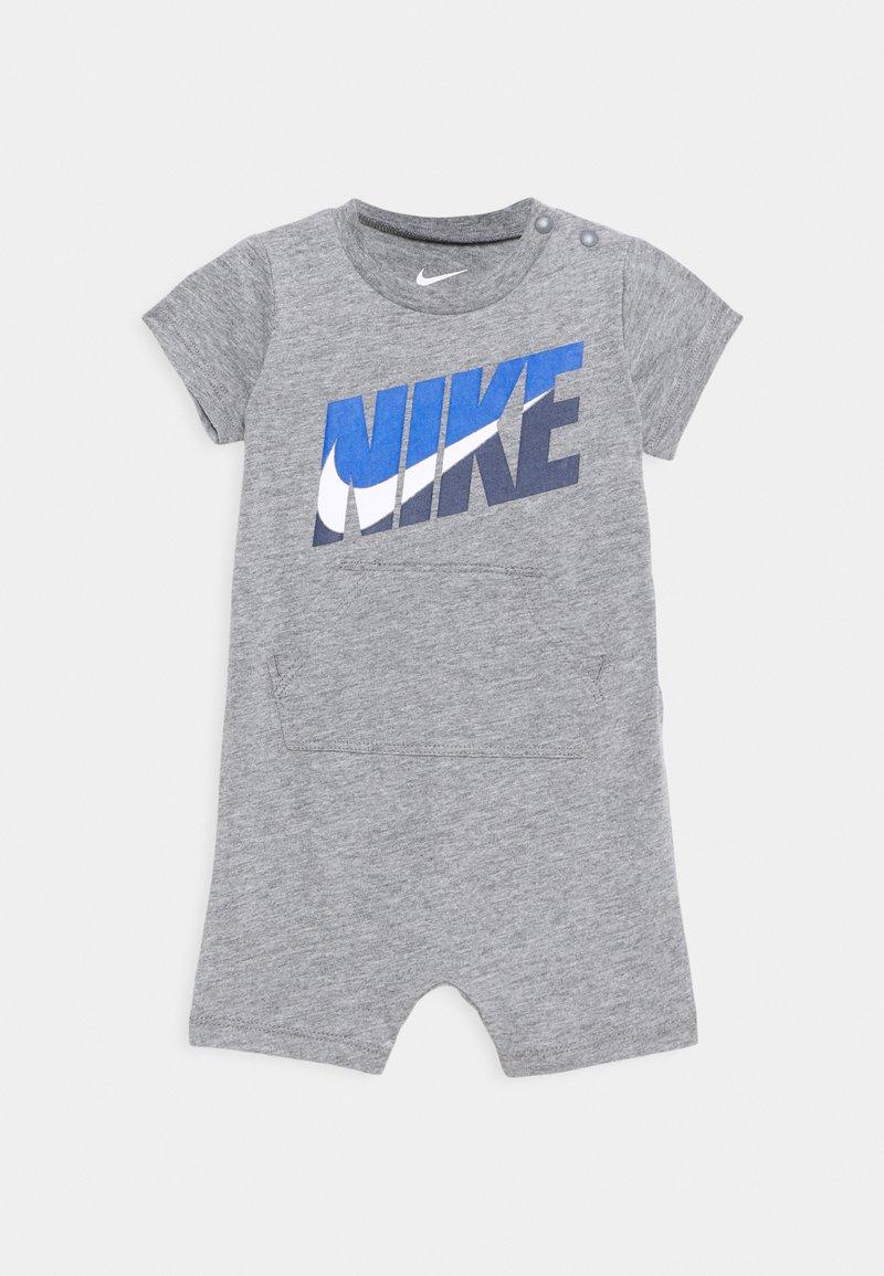 Nike Sportswear - GRAPHIC ROMPER - Jumpsuit - carbon heather
