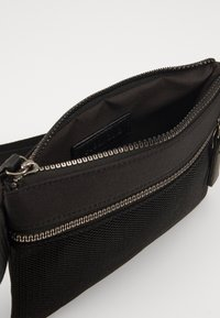 Pier One - UNISEX - Bum bag - black - 4