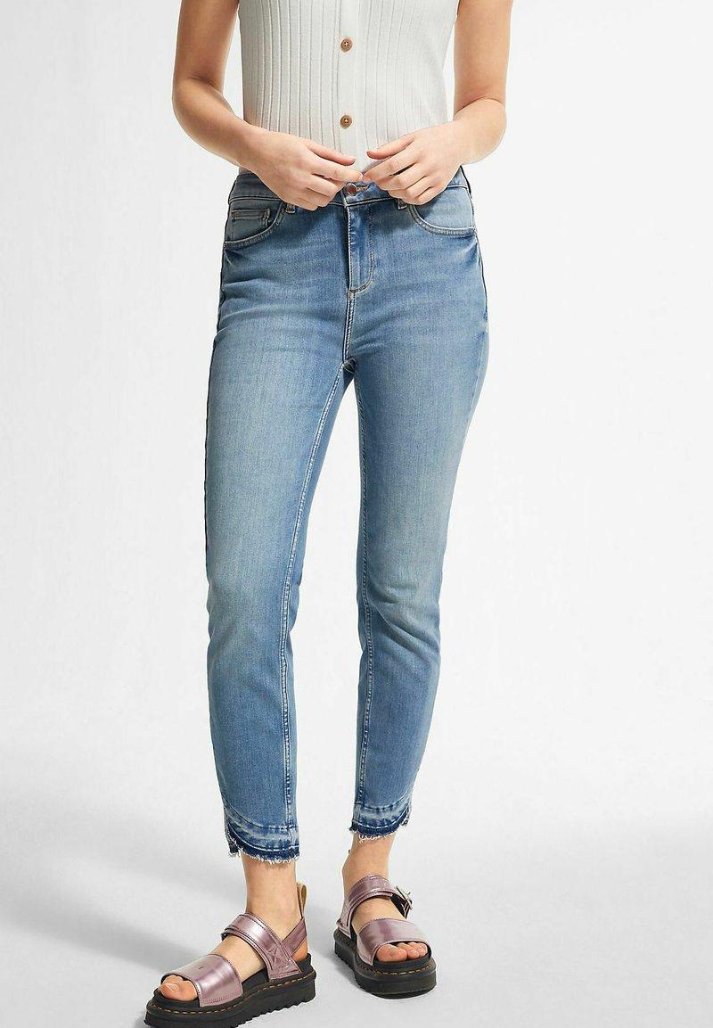 comma - Slim fit jeans - light-blue denim