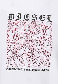 Diesel - DIEGOS - Print T-shirt - white - 6
