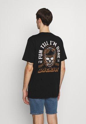 STATHAM - T-shirt z nadrukiem - black