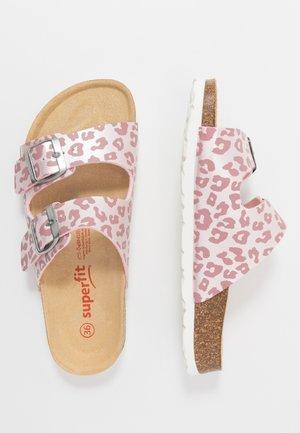 FUSSBETTPANTOFFEL - Domácí obuv - pink