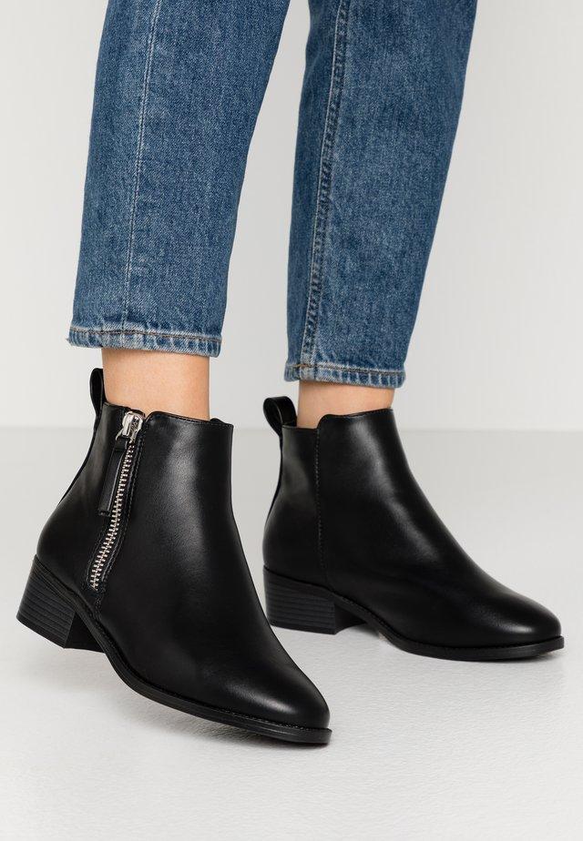 WIDE FIT MAREN JODPHUR  - Ankle boots - black