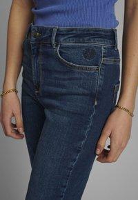 Nümph - NUCANYON  - Slim fit jeans - medium blue denim - 2