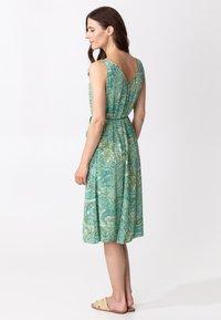 Indiska - INA - Denní šaty - green - 2