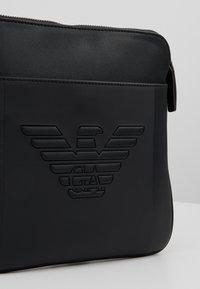 Emporio Armani - PIATTINA SMALL FLAT CROSSBODY BAG - Umhängetasche - black - 6