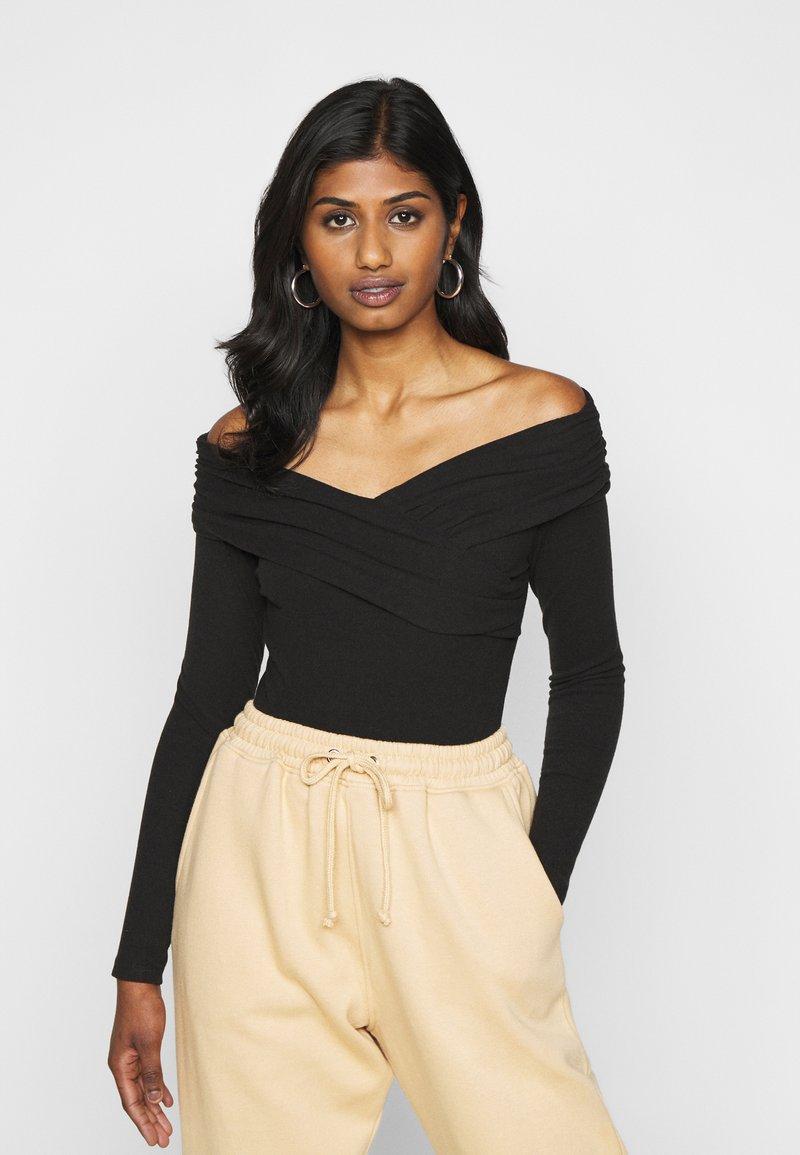 Fashion Union Petite - SWIFT - Long sleeved top - black