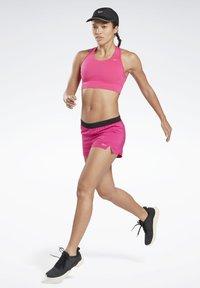 Reebok - RUNNING ESSENTIALS HIGH-IMPACT BRA - Sujetador deportivo - pink - 1