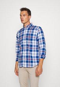 GAP - POPLIN SHIRTS - Shirt - plaid baltic blue - 0
