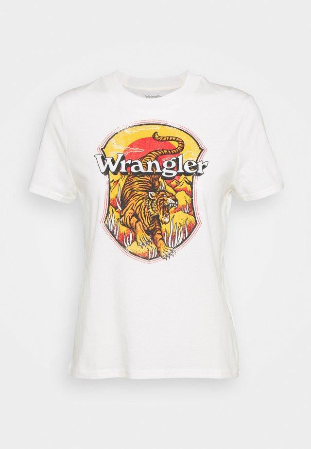 HIGH REGULAR TEE - T-shirt z nadrukiem - worn white