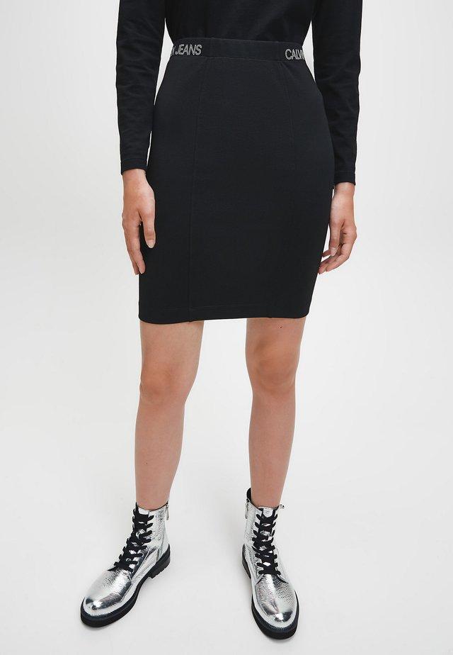 MILANO - Spódnica trapezowa - ck black