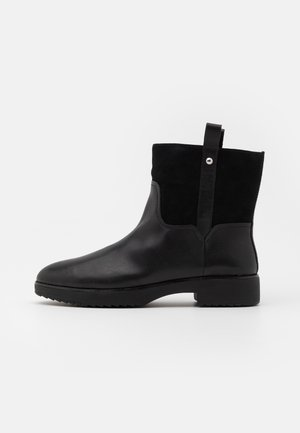 SIGNEY BOOTS - Classic ankle boots - all black