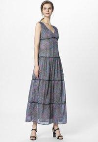 Apart - DRESS WITH VOLANTS - Maksimekko - petrol/multicolor - 1