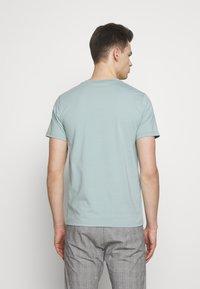 Filippa K - TEE - Jednoduché triko - mint powder - 2