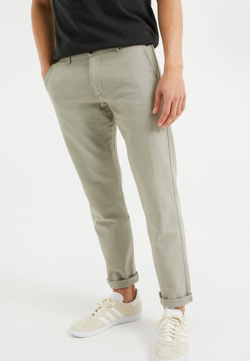 WE Fashion - Chinos - olive green