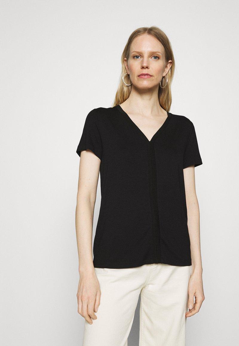 TOM TAILOR - V NECK - Basic T-shirt - deep black